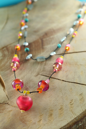 Floating Bead Necklace Workshop